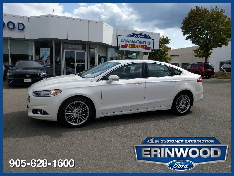 2016 Ford Fusion SE - AWD / Navi / Roof / Lthr / alloys